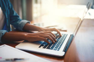 7 Tips to Help You Choose an Online University