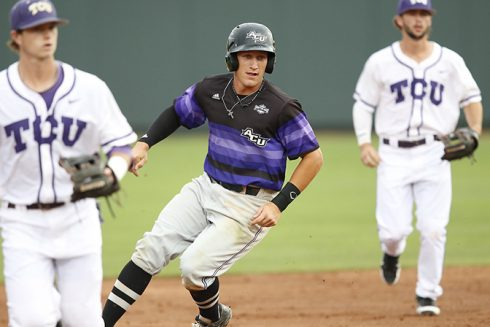 ACUBaseballTCU_May15_28687 7x4 96