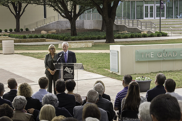 Danna (McGlothlin '__) and Eric Oliver ('__) spoke at the dedication ceremony for The Quad. Danna is one of Ray and Kay's three daughters and Eric is her husband.