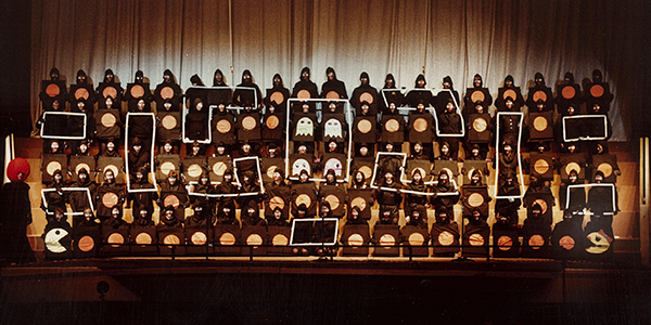 1983 Sing Song Freshmen 600x300 96