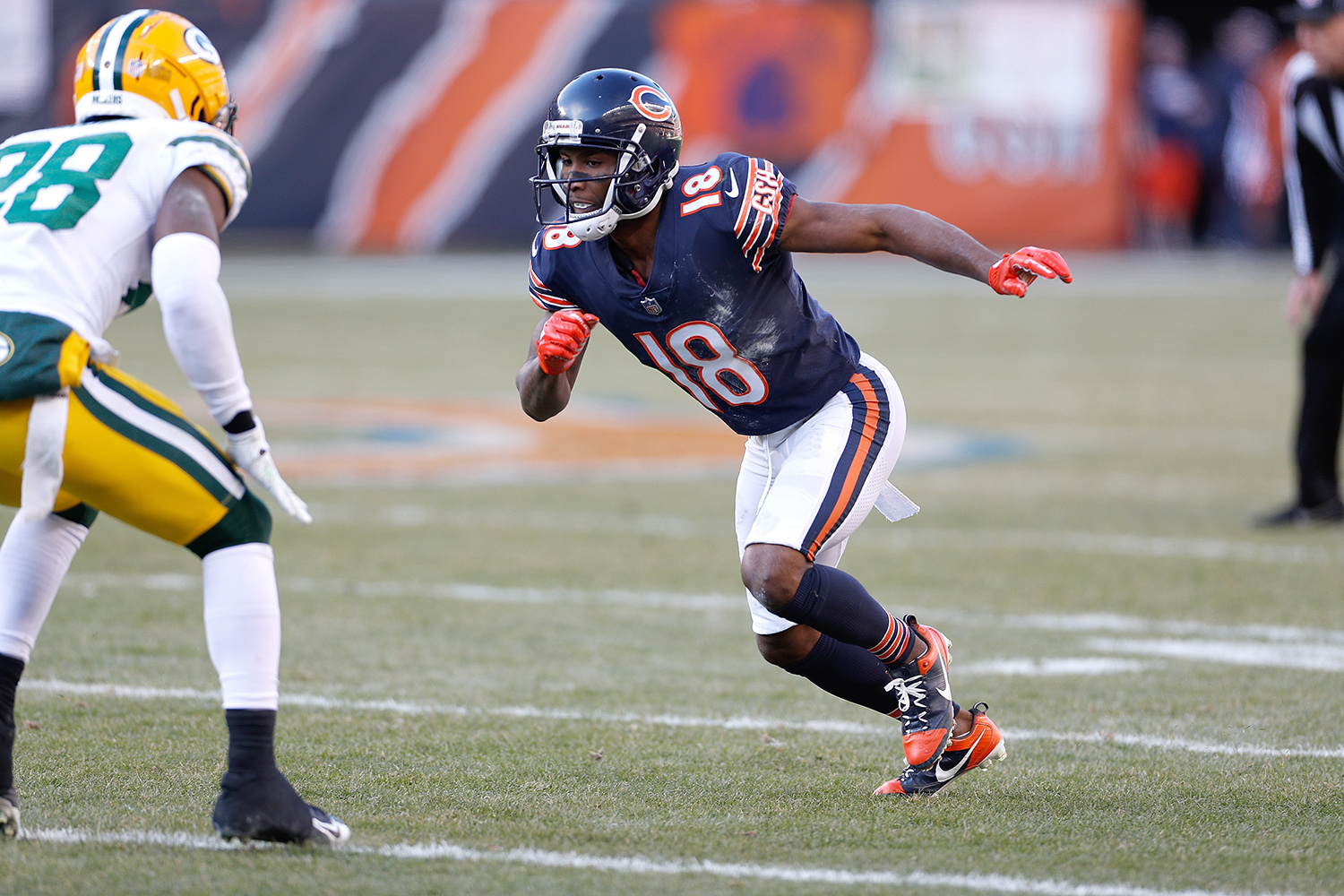 Taylor Gabriel and the Chicago Bears renew their longtime rivalry with the Green Bay Packers tonight in the NFL regular-season opener on NBC.