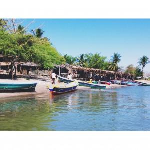 {Boca Del Rio in Honduras)