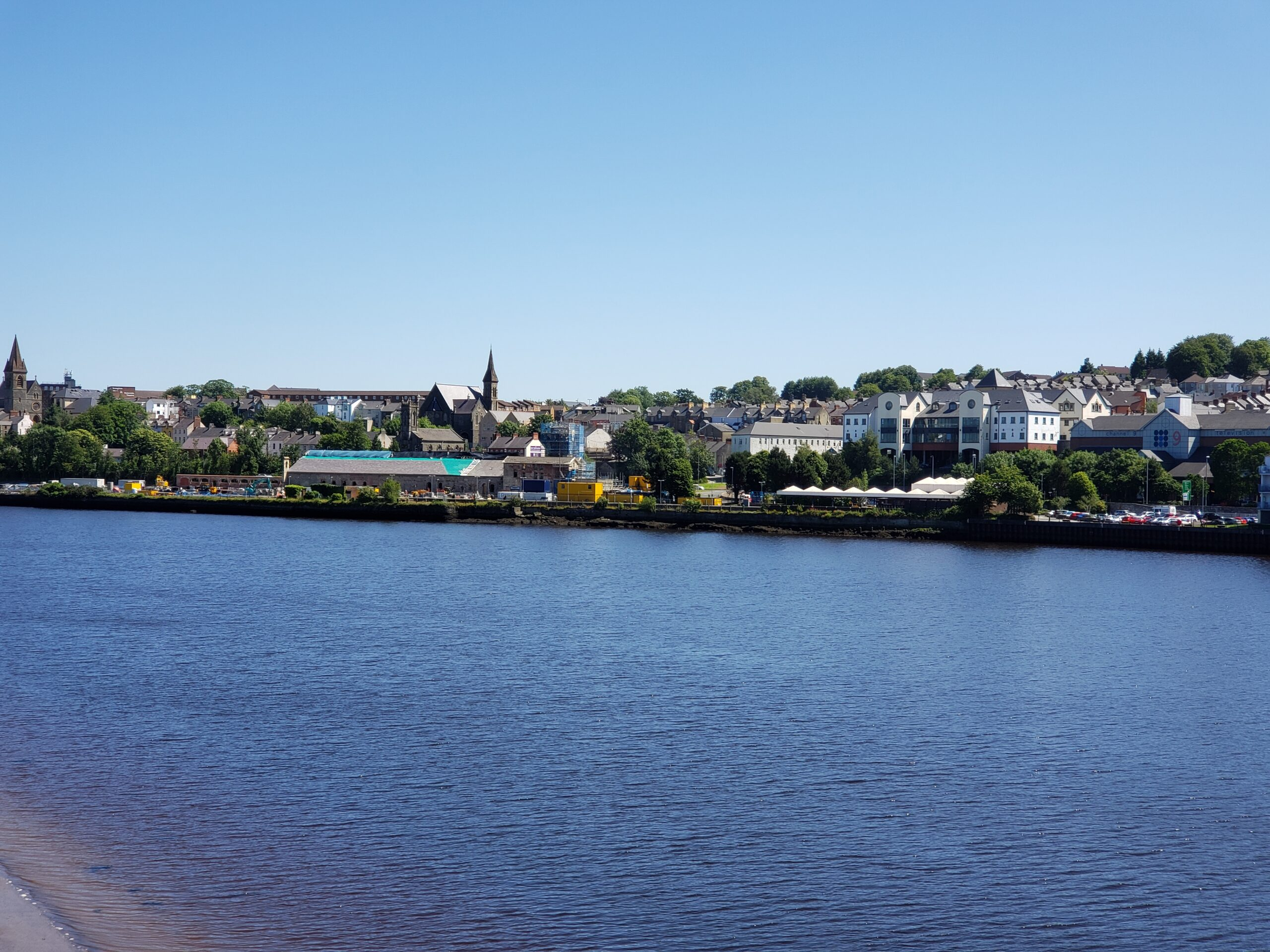 Londonderry view of town on the south side of the Foyle River